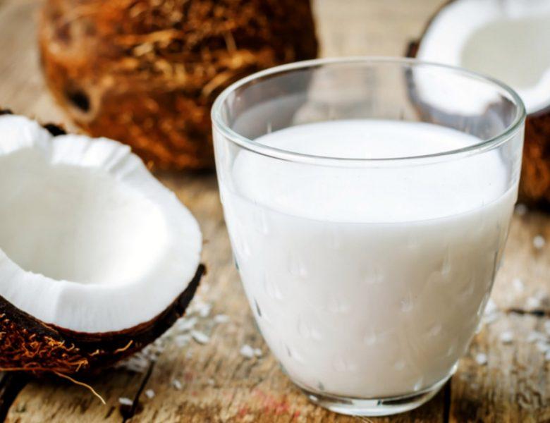 Полезные свойства и калорийность кокосового молока
