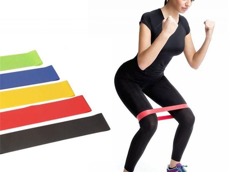 Какие существуют тренировки с резинками для фитнеса, чем они полезны