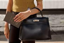 Плюсы и минусы сумок из искусственной кожи